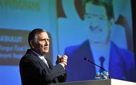 Eski Başbakan ve TBMM Başkanı, Yıldırım Akbulut Vefat Etti.