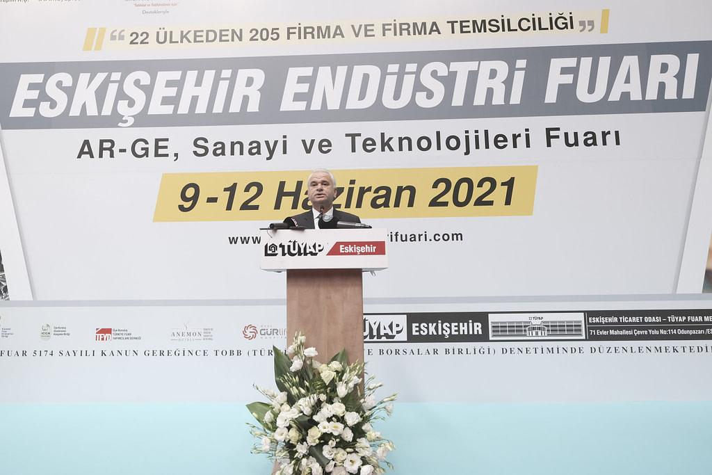 Eskişehir Endüstri Fuarı ETO TÜYAP Fuar Merkezinin ev sahipliğinde başladı.